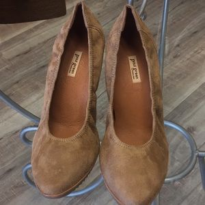 Paul Green Munchen Made In Austria Suede Pumps 46